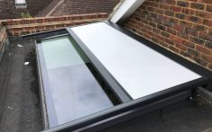 Markilux 770 Over-Glass Awning System Gallery Image 3